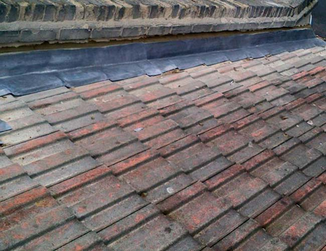 Tiled roof with lead detail in Canterbury